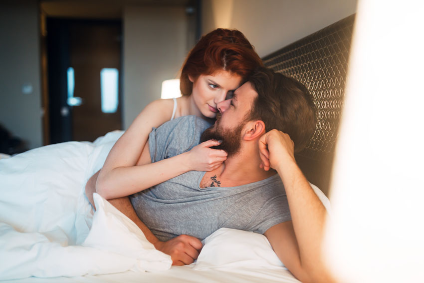 Sexe friend et libido, améliorer sa vie sexuelle de couple avec le CBD cannabidiol